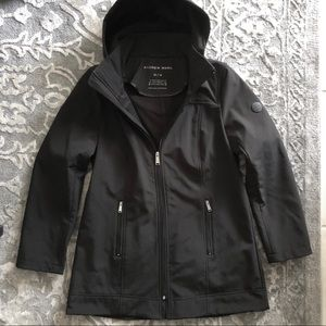 Andrew Marc black water proof basic jacket w/hood